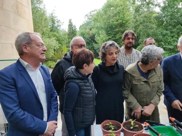 001-Visita al JBAG de las Premio Princesa de Asturias
