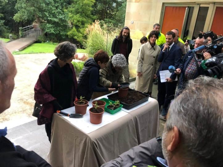 003-Visita al JBAG de las Premio Princesa de Asturias